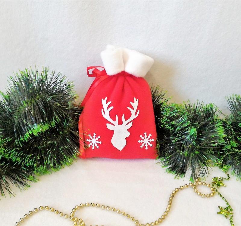 Мешок новогодний для подарков конфет красный Олень 21*15 см мішок новорічний для подарунків