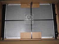 Радиатор охлаждения VOLVO 940 (944, 945) (90-) 2.3 i (пр-во Nissens), 65537A