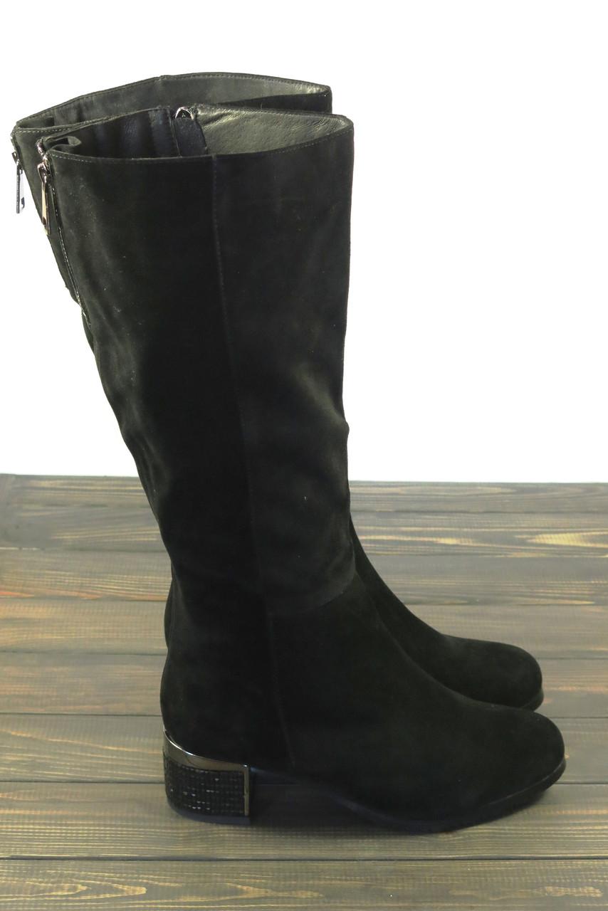 Замшевые зимние сапоги на толстом каблуке Anna Lucci