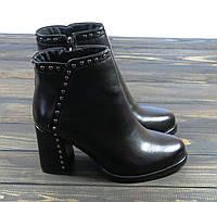 Короткие ботиночки на каблуке черные, фото 1