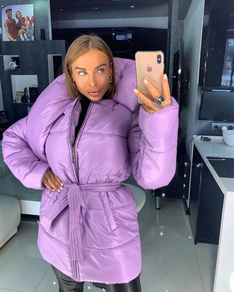 Сиреневая зимняя курточка