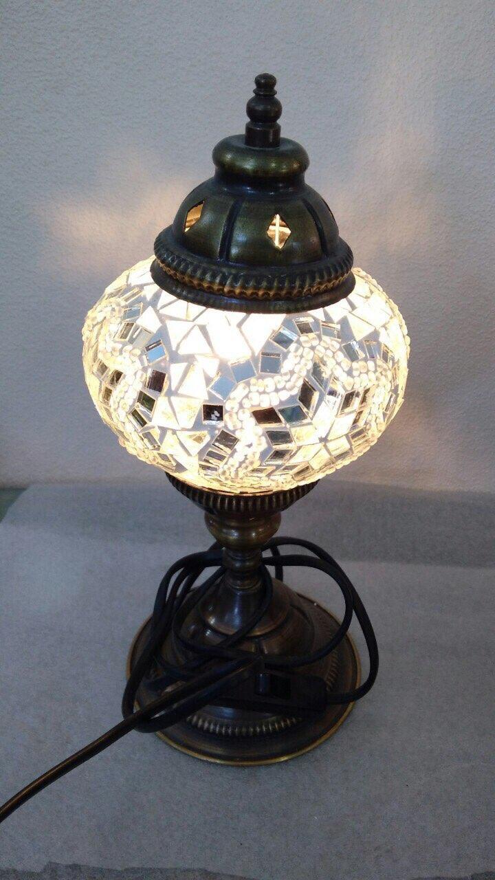 Настольный турецкий светильник Sinan из мозаики ручной работы белый