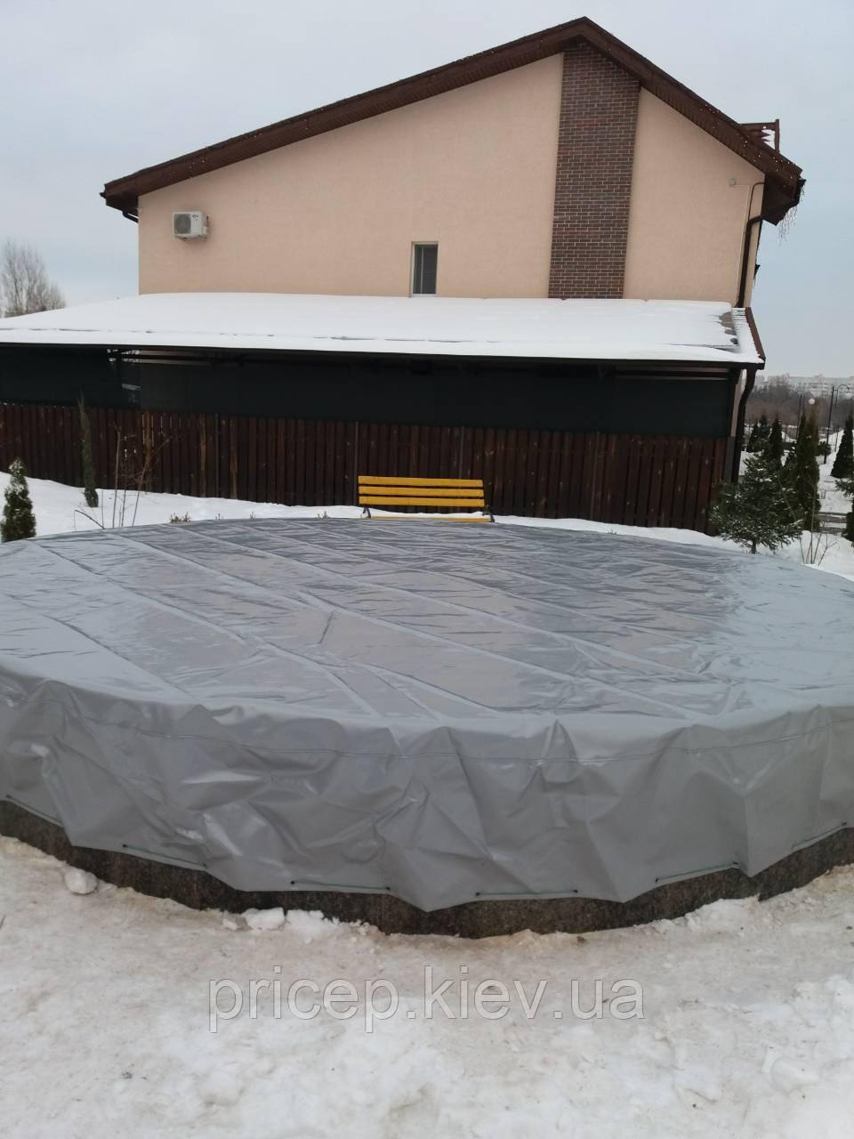 Тент для фонтана из ПВХ ткани.