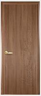 Двери межкомнатные Сакура ПГ с гравировкой Золотая ольха ПВХ DeLuxe