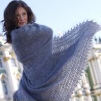 Оренбургские пуховые платки и палантины