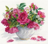 Набор для вышивки крестом Алиса 2-25 Цветущий сад.Розы и ромашки