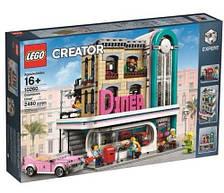 Пластиковый конструктор LEGO Creator Ресторанчик в центре города(10260)