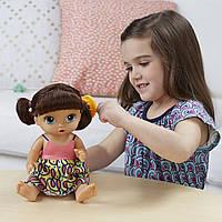 Интерактивная кукла Аливе брюнетка Baby Alive Super Snacks Snackin´ Noodles Baby