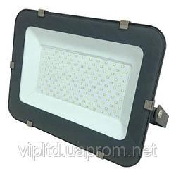 Светодиодный прожектор BIOM 200W 6500К 220V IP65