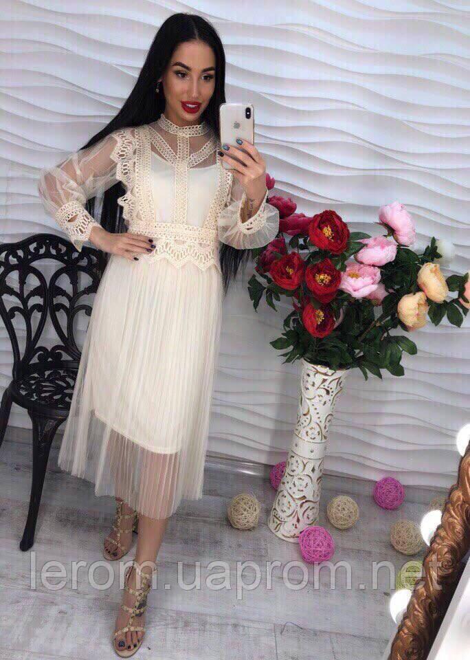 c3521aec949 Оригинальное платье из фатина с кружевом