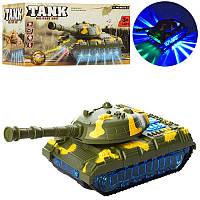 Игрушечный танк с 3D светом