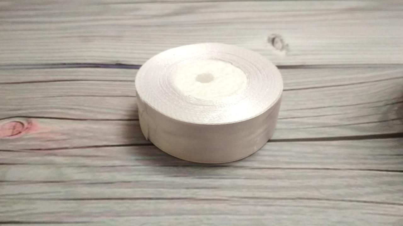 Атласная лента 2,5 cм белая