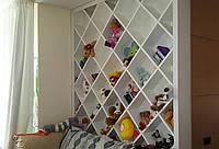 Комплект мебели в детскую. Шкаф, стол, полки, библиотека.