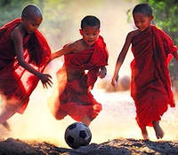 Детская, подростковая футбольная форма, экипировка и аксессуары