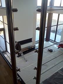 тросовое ограждение лестничного пролета в частном доме, Запорожье, зима 2016 22