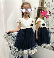 Платье со шлейфом для девочки. 3-4  года