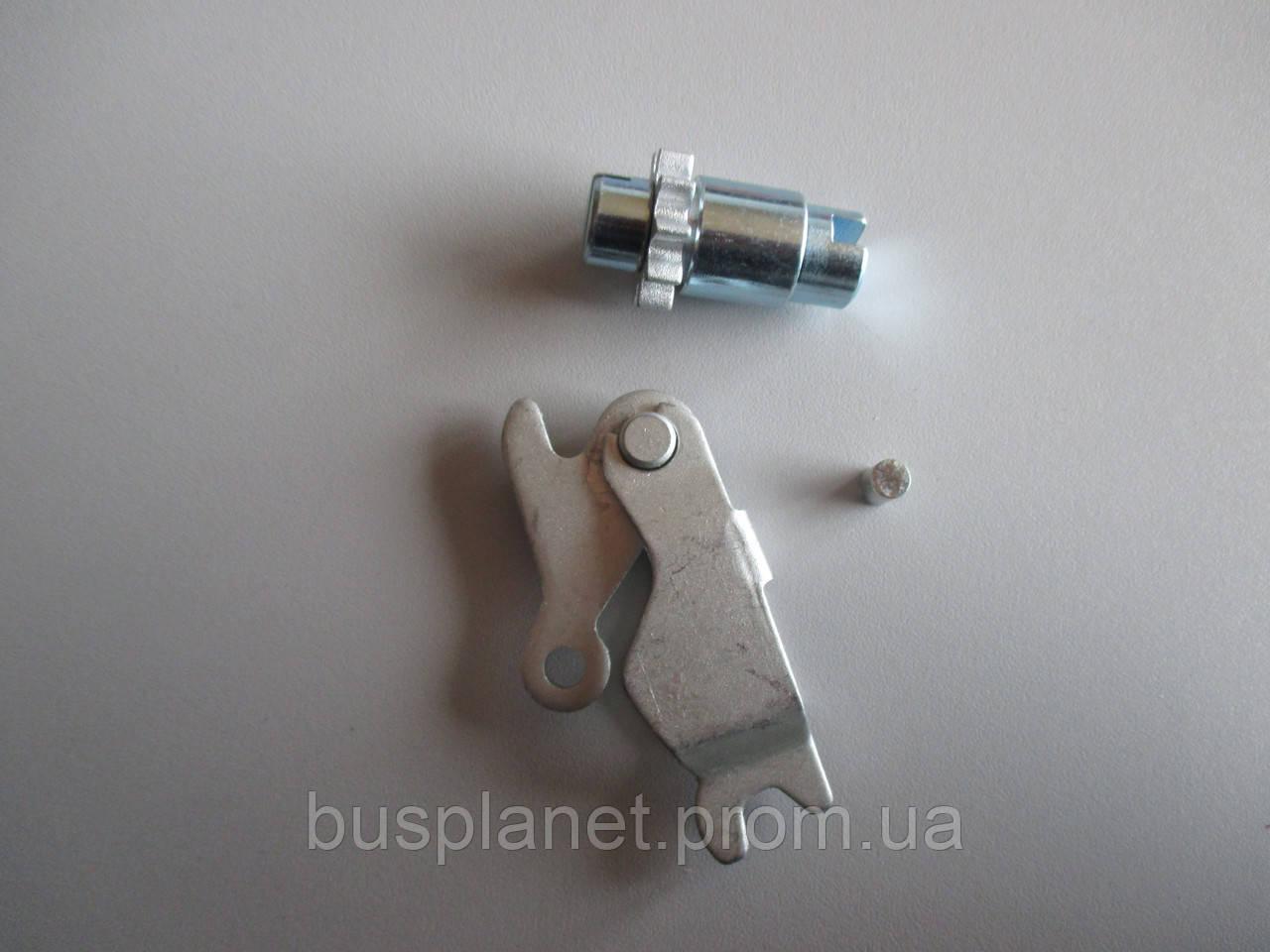 Механизм ручного тормоза (доводчик)