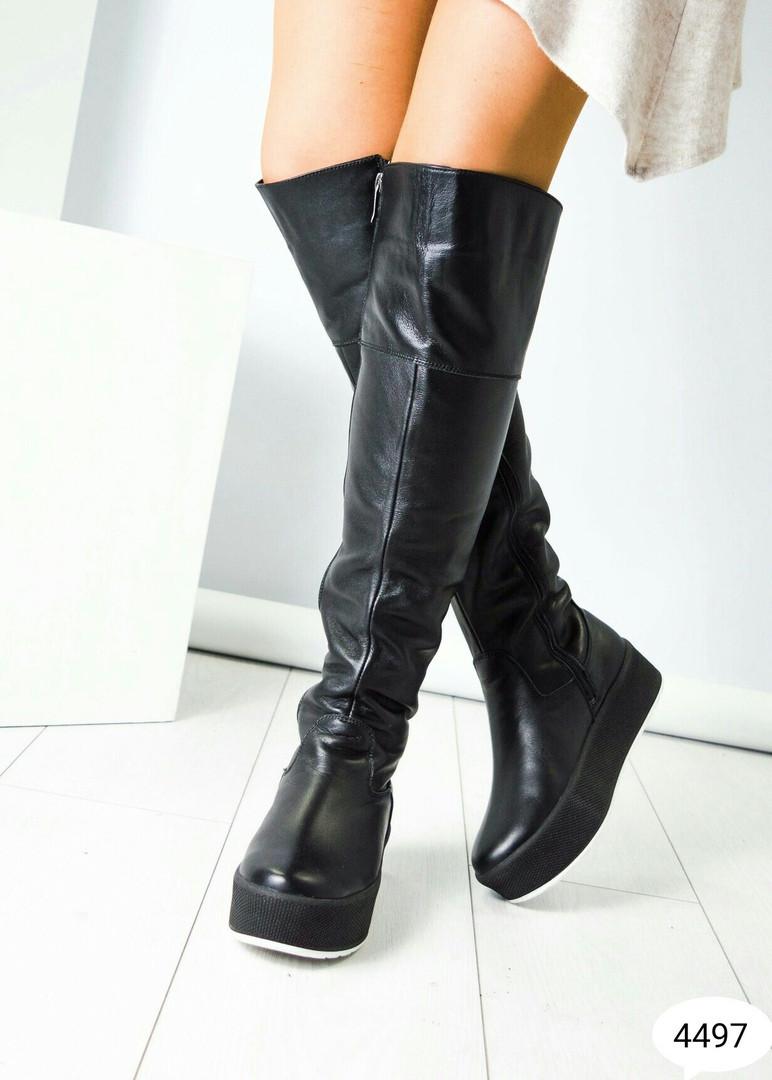 Ботфорты женские кожаные на платформе черные