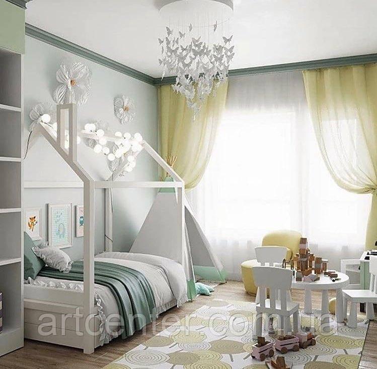 Кроватка-домик на ножках, белого цвета, без ящиков