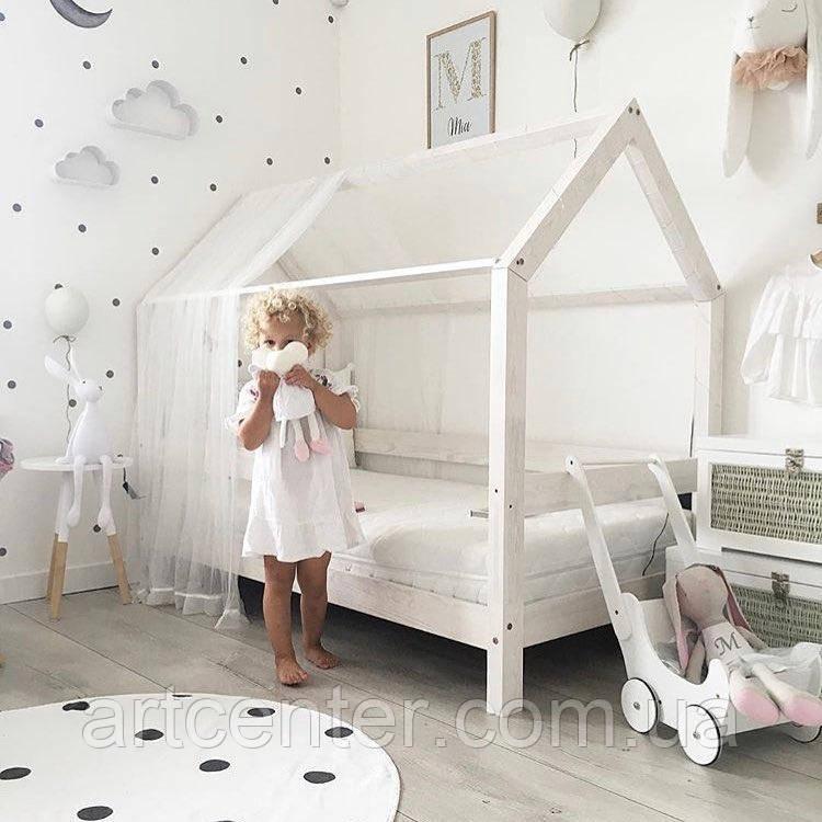 Кроватка-домик на ножках, белого цвета