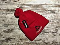Мужская красная шапка Reebok