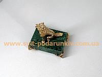 Статуэтка бронзовый Волк на подставке с ножками