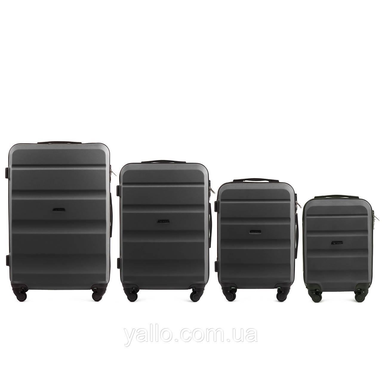 Чемоданы Надежные! Комплект чемоданов из поликарбоната WINGS AT01 Dr.Grey