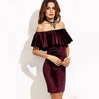 Женское платье в романтическом стиле с верхней баской