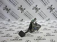 Педаль тормоза Lexus GS300