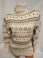 Женский новогодний вязаный свитер под горло со снежинками, бежевый.Турция., фото 1
