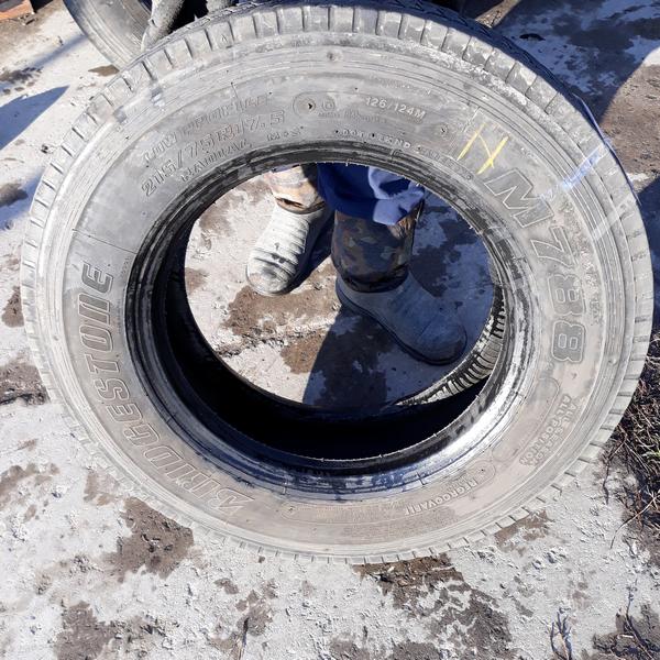Шины б.у. 215.75.r17.5 Bridgestone M788 Бриджстоун . Резина бу для грузовиков и автобусов