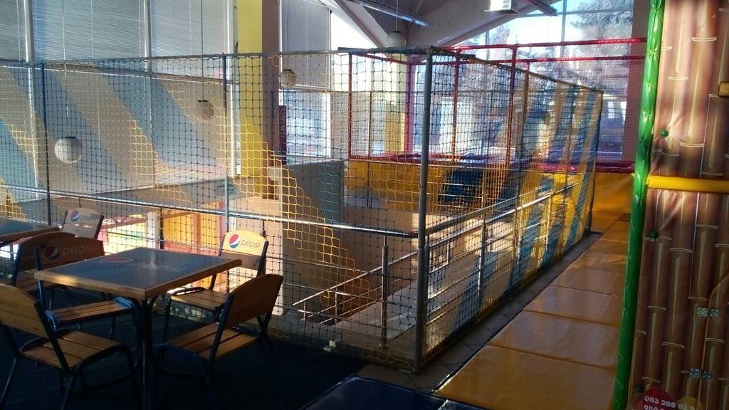 Защитно-заградительная сетка для детского лабиринта в г. Полтава