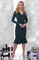 Коктейльное миди платье футляр с воланом на юбке, длинные рукава Василина д/р, изумрудное