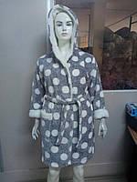 Теплый женский махровый халат с капюшоном