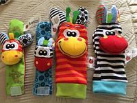 Погремушки носочки браслеты на ножки и ручки игрушки набор из 2 носочков и 2 браслетов