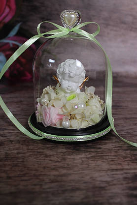 Композиция из стабилизированных цветов в стеклянной колбе с ангелочком , фото 2