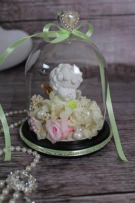 Композиция из стабилизированных цветов в стеклянной колбе с ангелочком , фото 3