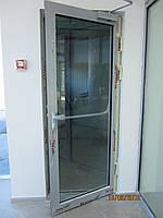 Двери противопожарные алюминиевіе остекленные EI 30