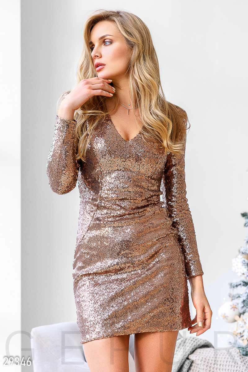 Женское золотистое платье с пайетками