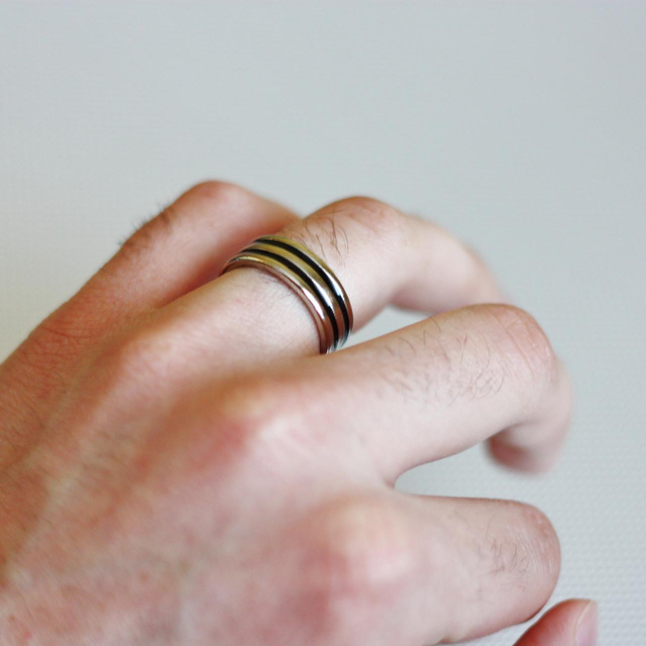 Реквизит для фокусов | Магнитное кольцо (Black line)