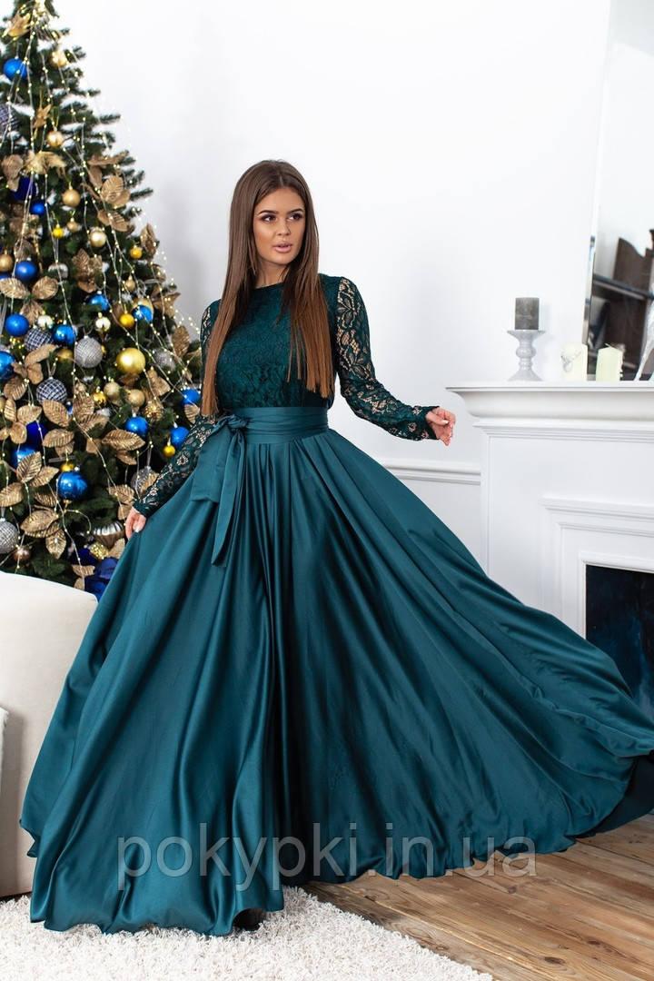 b893ab5b6f2 Вечернее платье длинное шелковое с юбкой солнце клеш темно зеленого цвета  длинный гипюровый рукав -