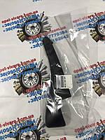 Накладка лобового скла левая новая оригинал Opel Movano 668110012r