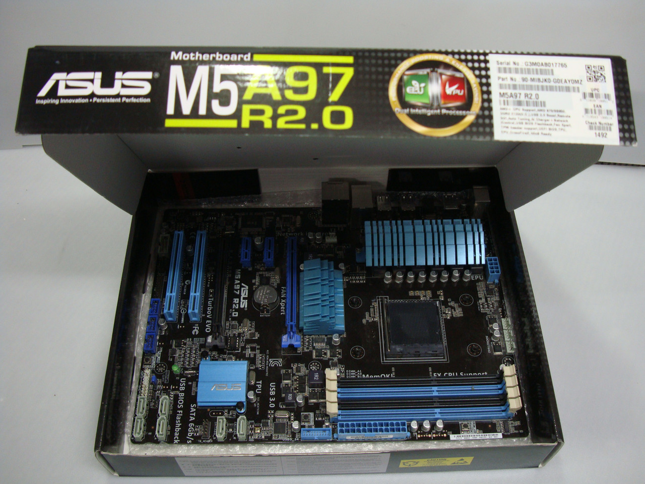 Материнская плата Asus M5A97 R2.0 (sAM3+, AMD 970/SB950, PCI-Ex16)