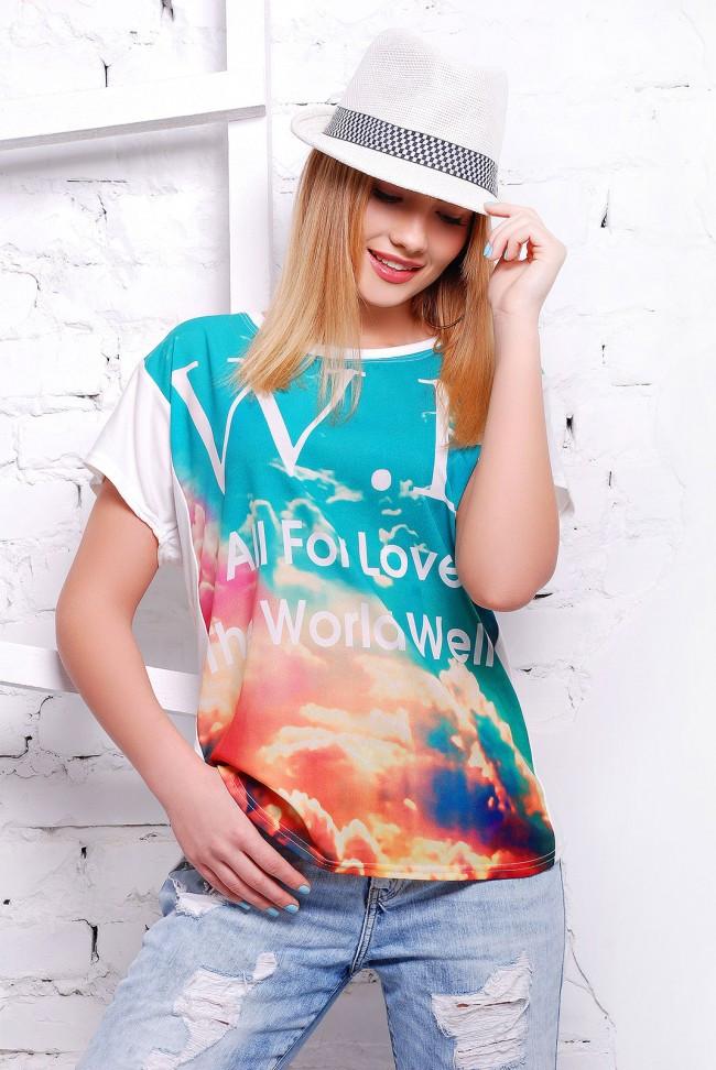 """Жіноча футболка """"Air"""" з яскравим принтом"""