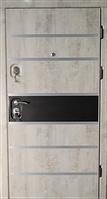 Цезарь Серый бетон с ЗD Черной матовой вставкой и молдингами. Дверь входная