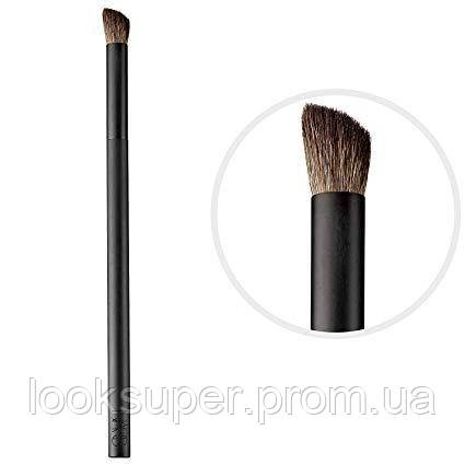 Кисть для теней NARS Wide contour eyeshadow brush #43