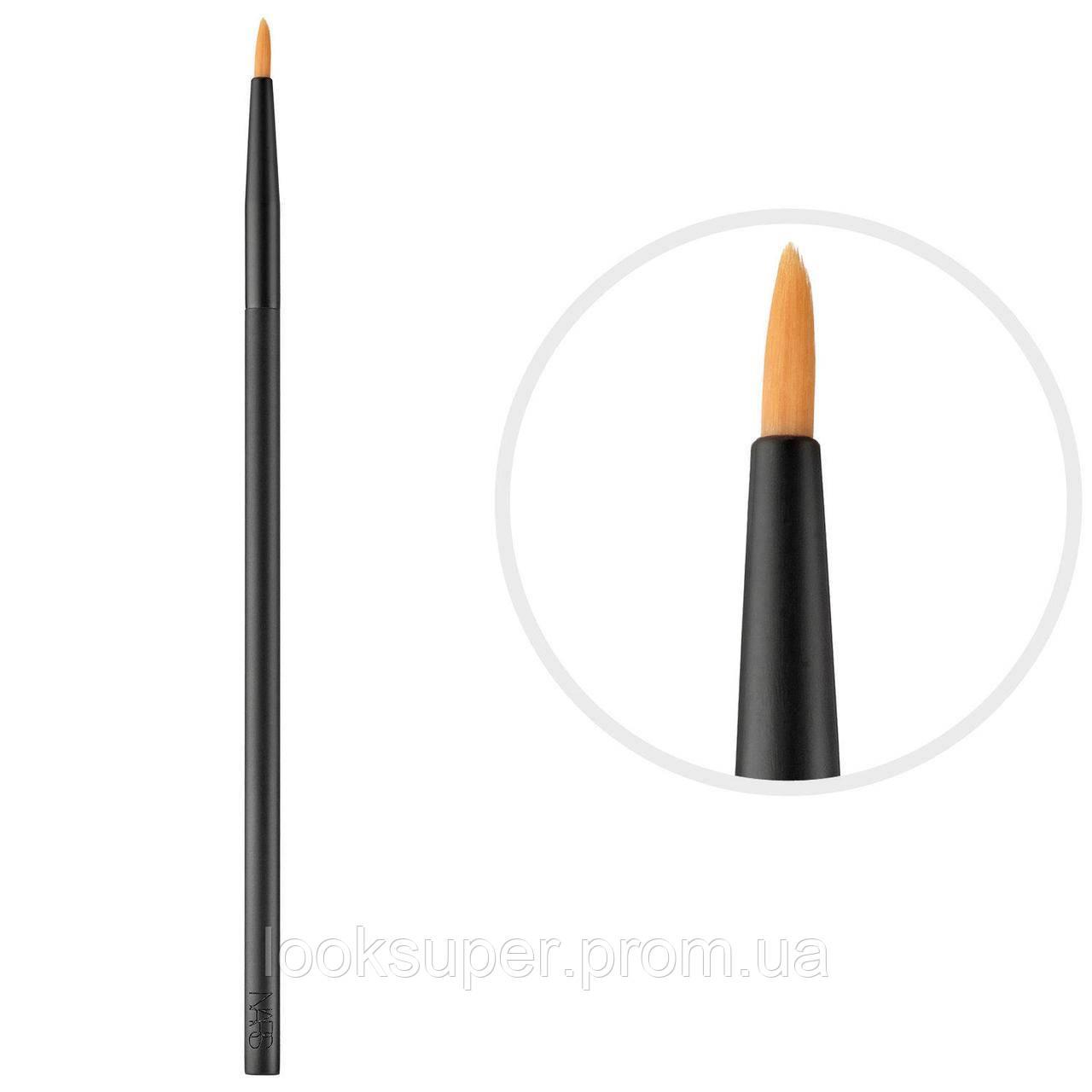 Кисть для консилера NARS Precision blending brush #13
