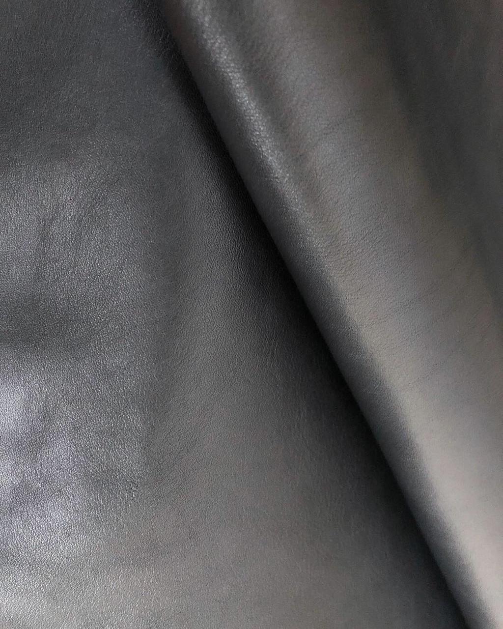 Черная кожа. Обувная кожа
