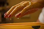 Зимові ТRENDи догляду. Парафінотерапія рук