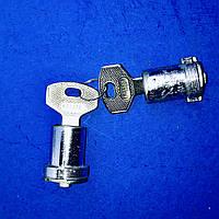 Замок дверной ручки с ключом комплект-2 шт. КАМАЗ 5320
